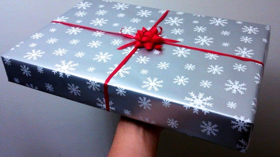 Are There Actual Dos And Don'ts When Giving Gifts At Work During The Holiday?